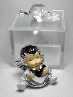 Aniołek w szklanym pudełeczku