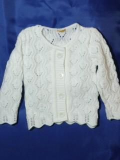 Ażurowy biały sweterek